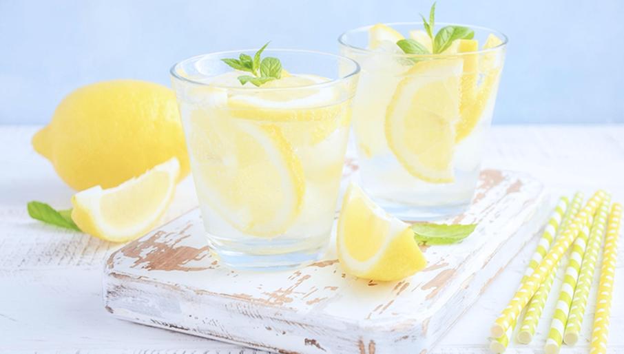 boisson alcoolisée verre citron